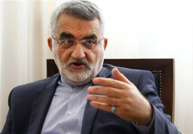 شأن آمریکا در حد دزدان دریایی است ، آمریکا به نفعش نیست وارد بازی خطرناک با ایران گردد
